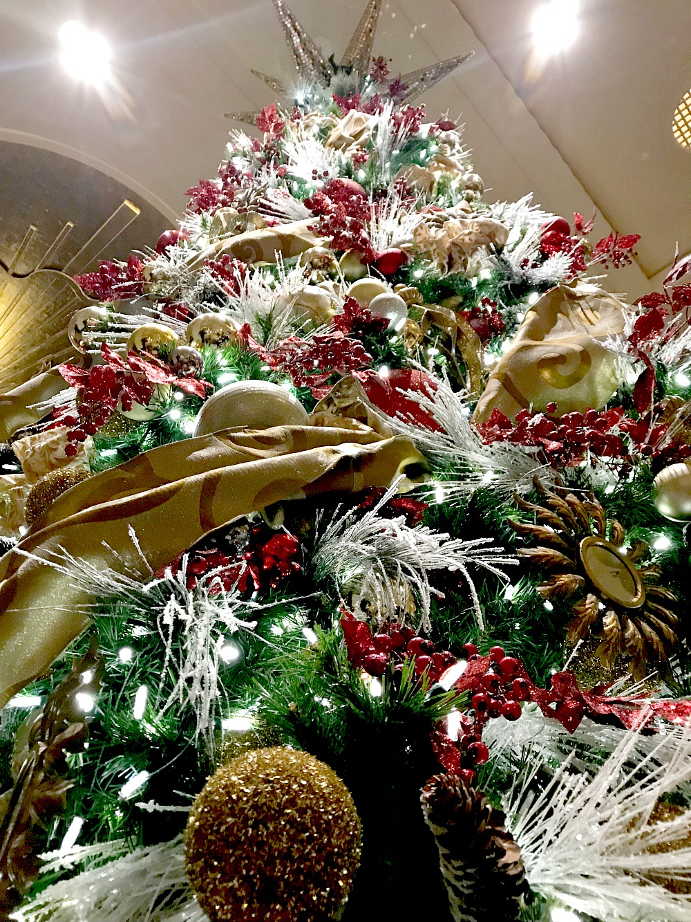The Christmas tree at The Peninsula Hotel