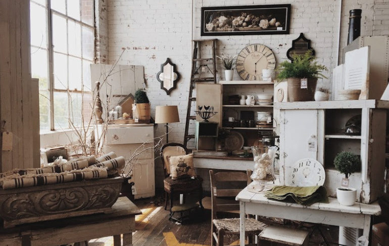 The Best Resale and Vintage Shops in Chicago